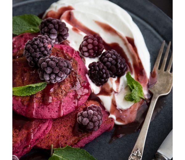 Poradnik - Naleśniki pancake z czerwonymi buraczkami i chia
